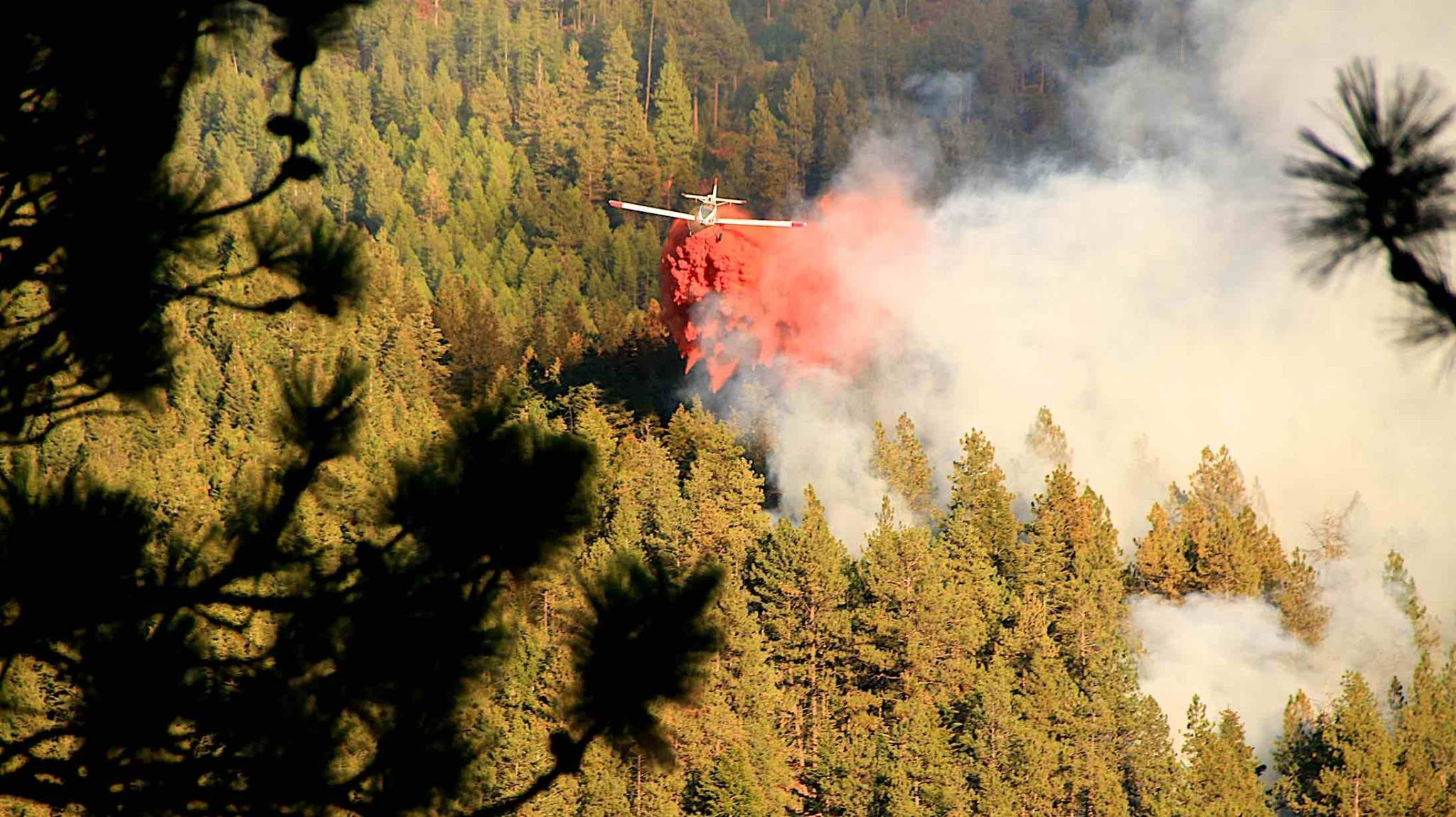 Colorado Gulch remains evacuated in Grant Creek fire