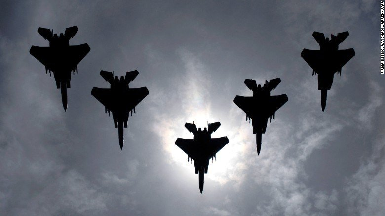 F-15 in flight formation (Air Force image)