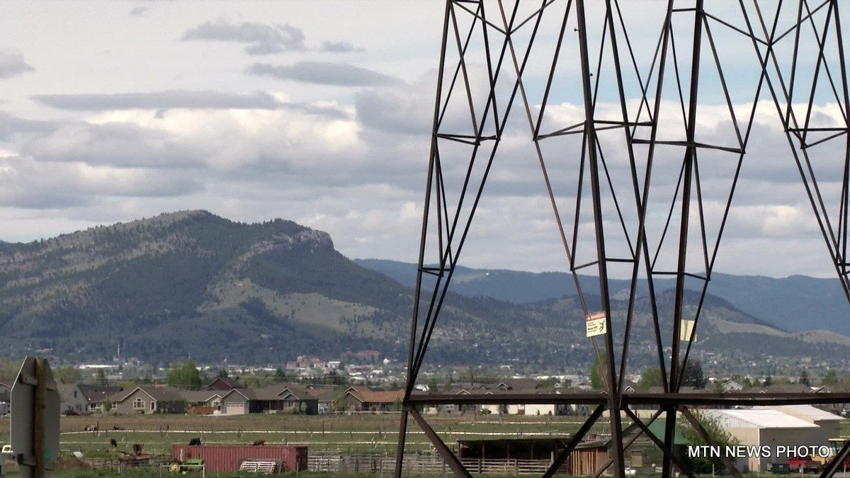 Between Great Falls and Butte run more than 2,000 transmission towers