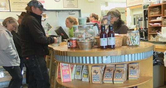 Local businesses step up during investigation (MTN News photo)