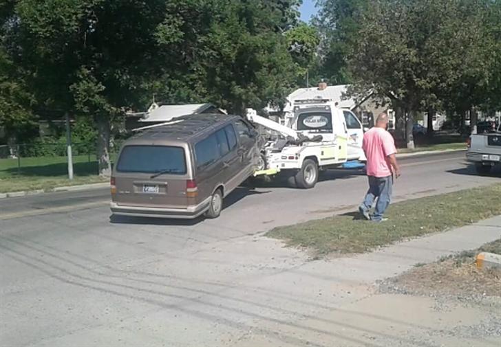 The van was towed away (Ivy Moore)
