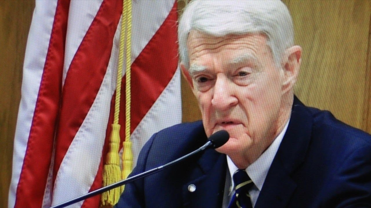 Dr. Forest Tennant testifying in Ravalli Co District Court on Monday. (MTN News photo)