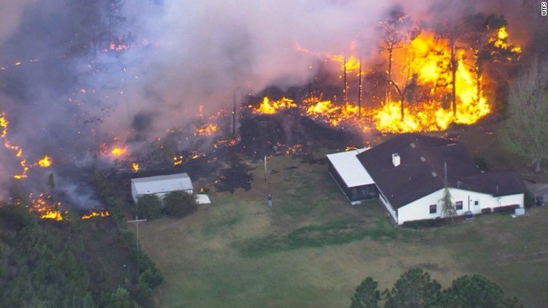 91 Wildfires Burn Across Florida Thousands Evacuated