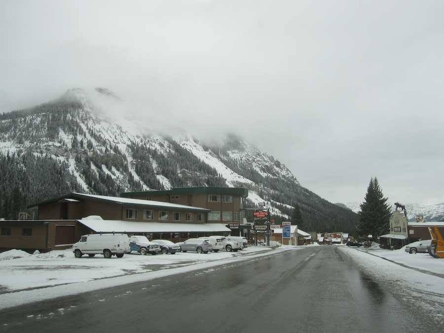 Photo: Soda Butte Lodge