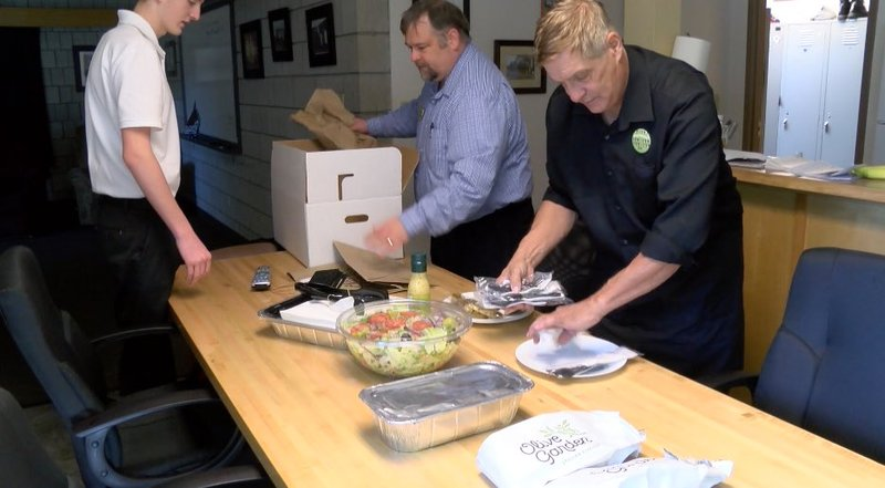 Olive Garden Honors Bozeman First Responders With A Free Meal Krtv News In Great Falls Montana